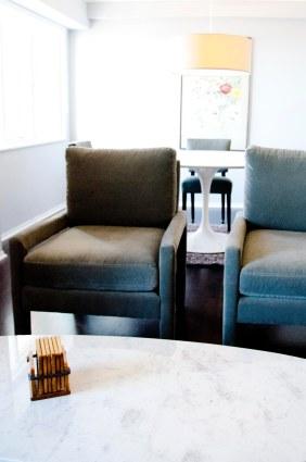 Jayson Clarke chairs with Knoll Saarinen dining table