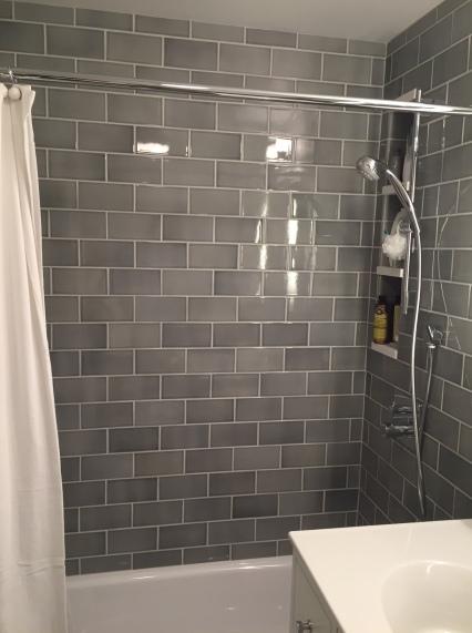 A S Bath Goes Glam Rachael Franceschina - 70s bathroom